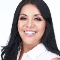 Auburn Hernandez (Executive Sales Associate)